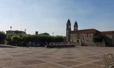 Plaza de Fefiñanes - CAMBADOS