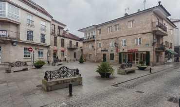Plaza Ramón Cabanillas - CAMBADOS